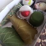 御菓子司 福岡屋  - 購入した季節の和菓子たち