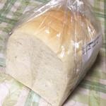 パン工房 MUGIYA - ずっしり、でも柔らかい