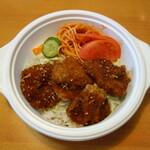 らーめん ダイニング れんげ - 料理写真:ソースヒレカツ丼