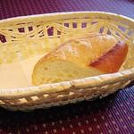 ビランチャ - 料理写真:パン