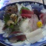 海湘丸 湘南台店 - お刺身の定食。