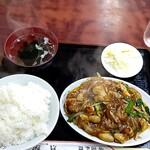 中国料理 江陽 - ホルモン定食700円