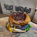 Village Vanguard DINER - 『ペッパーチェダーメルトバーガー&ホームメードポテト』  1590円+tax