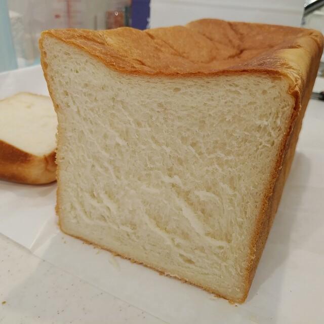 君 は 食パン なんて 食べ ない
