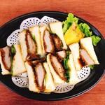 Cafe Restaurant アドリア -