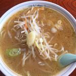 海 - 料理写真:味噌ラーメン