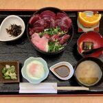 割烹 松浦 - 初かつお丼 ¥1,100