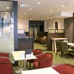 喫茶室ルノアール - 2F喫煙席(加熱式たばこ専用)