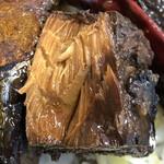 魚串さくらさく - さば黒煮のアップ