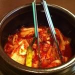 韓国料理 ソウル - 壷の中身は何じゃろな