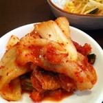 韓国料理 ソウル - つやつやキムチ