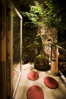 壺川 - 屋外スモーキングルーム