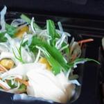 松阪牛たんど - グリーンサラダ◎。