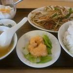 生香楼 - 日替わりランチB(にらレバ炒め定食海老マヨネーズ2個)ご飯大盛