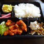 中野テリトリ - テイクアウトの鶏チリ弁当!