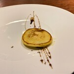 hiroto - パンケーキにフォアグラ バルサミコのソース