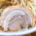デカ盛り戦隊 豚レンジャー - 柔らかい巻き豚