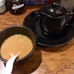 玄界灘ラーメン 博多あごや - スープ割り