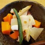 個室・鶏ざんまい 十四郎 - 煮物