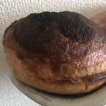ブランジェリー ラ・フォンティヌ・ドゥ・ルルド - じゃがいものパン