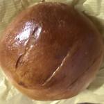 ブランジェリー ラ・フォンティヌ・ドゥ・ルルド - バターのパン