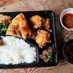 韓国家庭料理 青山 - 岡崎スペシャル
