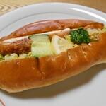 秋葉製パン - 料理写真:チキンチーズ