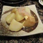 がってん寿司 - サービス品の北海黄金じゃがバター塩辛添え