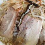 Maboroshinochuukasobakatouyahyakumambennibojirou - 煮干しラーメン