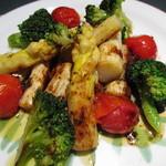 ソルトペッパー - 料理写真:ホワイトアスパラとブロッコリーのグリエ