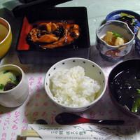 佐久ホテル-鯉旨煮定食