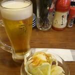 鶏○酒場 - 生ビール、お通し