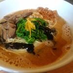 オレンジ食堂  - 料理写真:辛い黒ごま濃厚担々麺