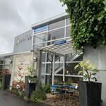 イチゴ屋けんちゃん&モントロー - 外観写真:外観