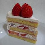 130116691 - 苺のショートケーキ・ルージュ650円