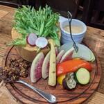 大衆肉ビストロ Lit - 料理写真: