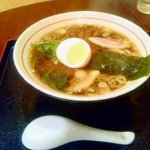 ばんび亭 - ラーメン(¥650)