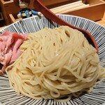 130136736 - 中盛300g麺カタメ