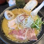 上気元 いただき - 料理写真:濃厚鶏白湯(醤油) 大盛り + 味玉