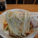 八戒 - 冷麵・麺のアップ