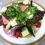 和洋料理 ゆめや - サラダの盛り合わせです。とてもヘルシーで女性にも大変人気です!