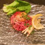 焼肉 いのうえ - ローストユッケ タレ 1000円