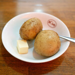 Bondy - 前菜のポテトは2つ