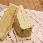 IZUMI-CAFE - プリンみたいな玉子サンド