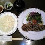 和洋料理 ゆめや - サーロインステーキ 定番メニューです!とってもジュシーでソースもマスターのこだわり特製です!!