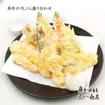 魚介の天ぷら盛り合わせ