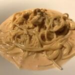 サンブーカ - 生ウニのトマトクリームスパゲッティ