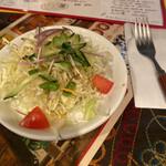 Makan - シャキシャキのサラダです
