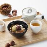 茶寮つぼ市製茶本舗 - 〔季節限定〕栗あんみつとほうじ茶セット