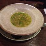 ビストロ クルル - アミューズの 野菜のスープ